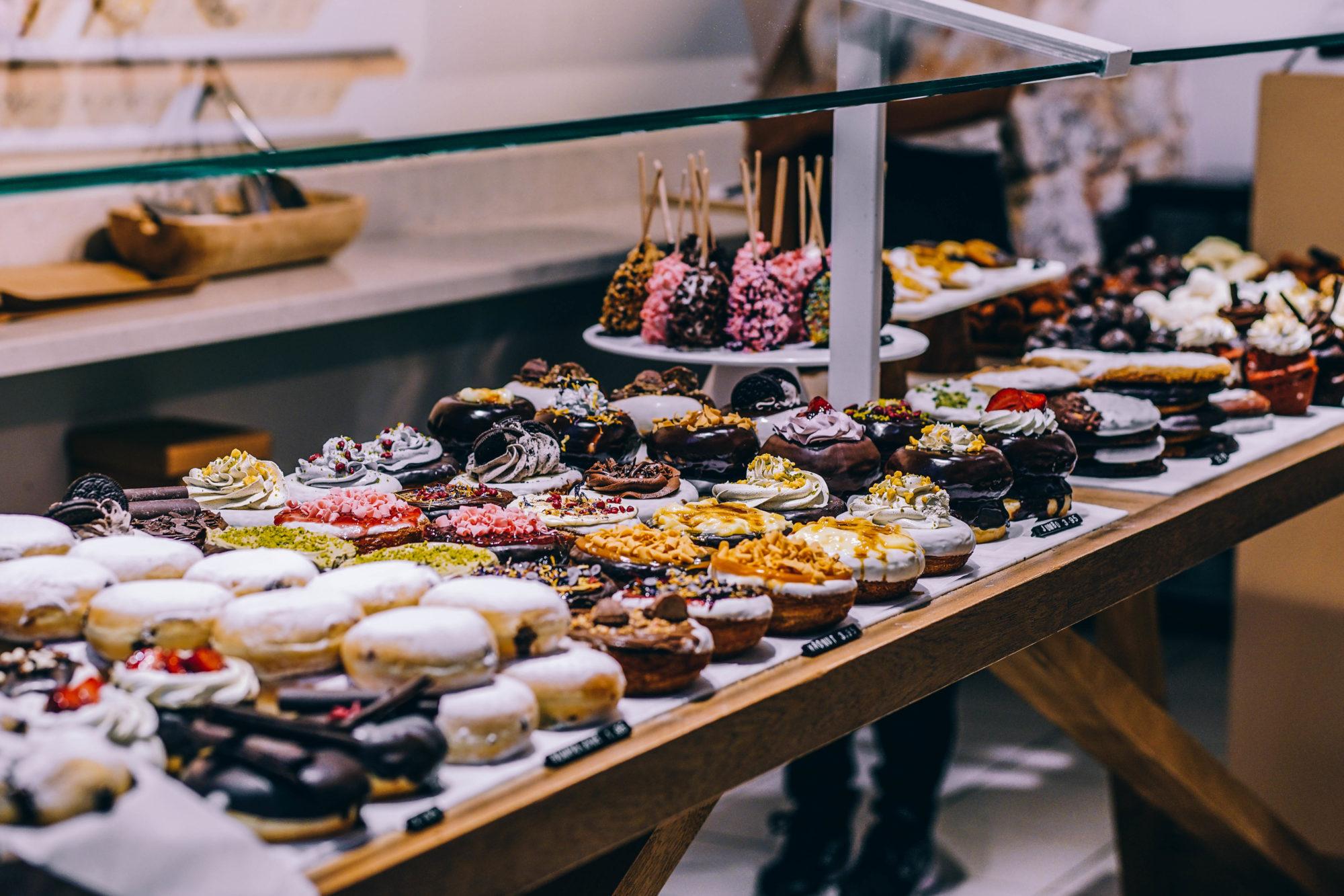 Viele Desserts in einer Thema