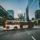 Bus auf Straße