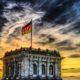 Deutschlandsfahne auf Dach