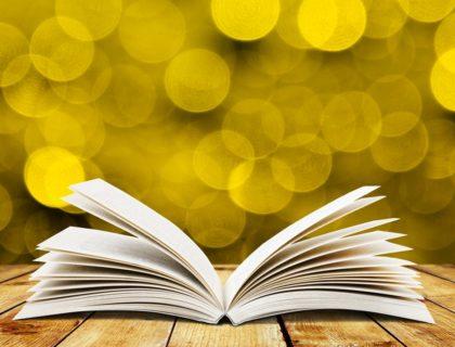 Aufgeschlagenes Buch, ideal zum Vorlesen.
