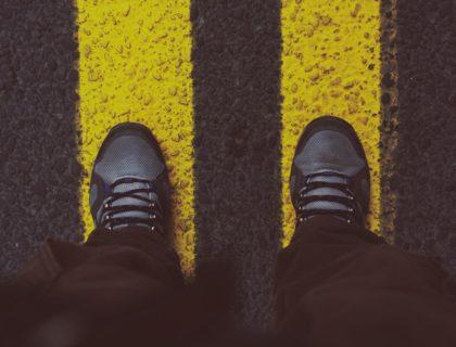 Mensch auf Straße